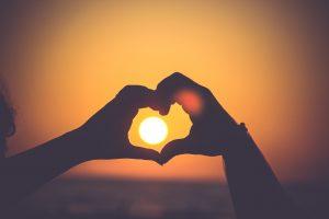 【超厳選!】アドラー名言集で愛と勇気を。人間関係の悩みを完全解決!